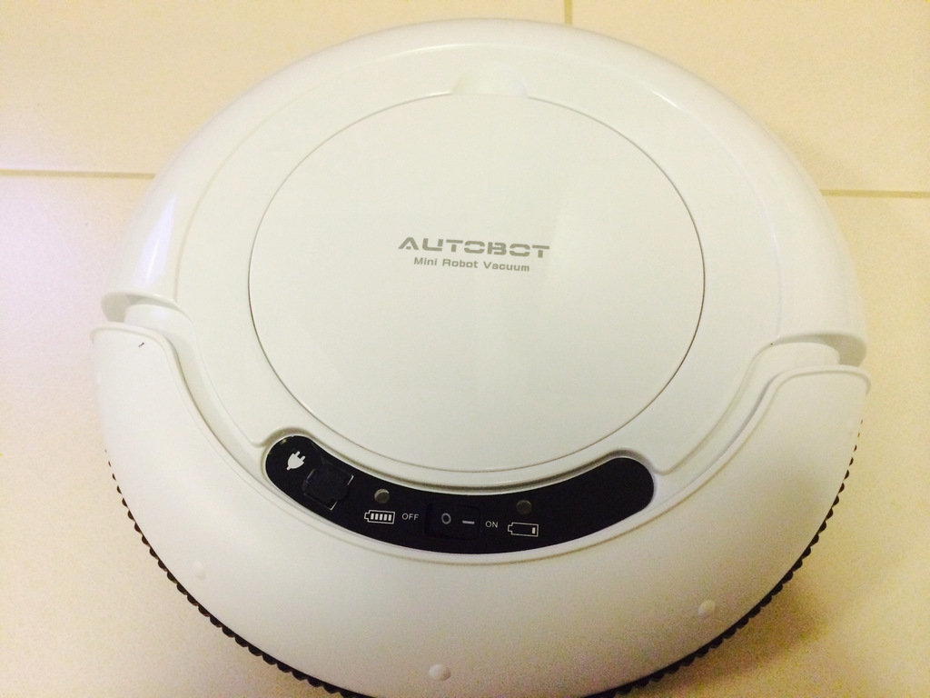 Autobot รุ่น Mini Robot Vacuum