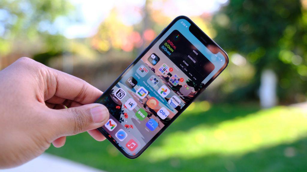 โทรศัพท์ iPhone 12 mini