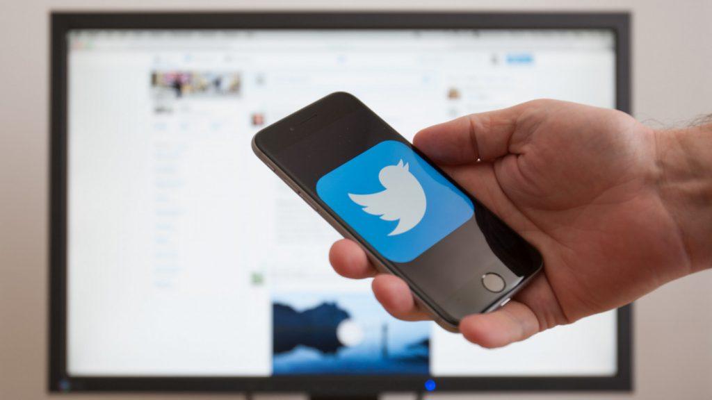 Twitter เตรียมนำโปรแกรมการตรวจสอบ