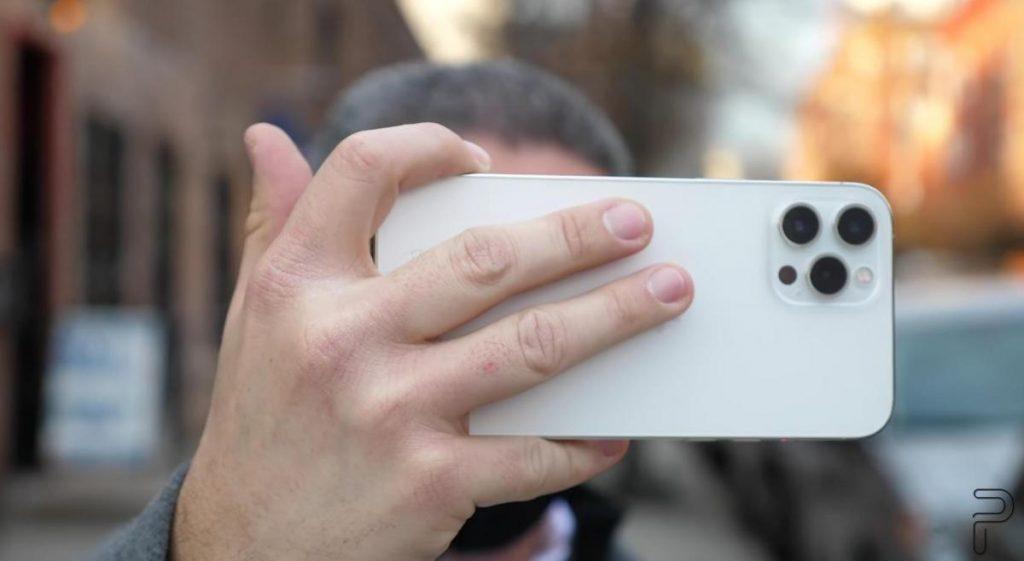 ไอโฟนรุ่นใหม่ ที่น่าจะทำระบบระบายความร้อน